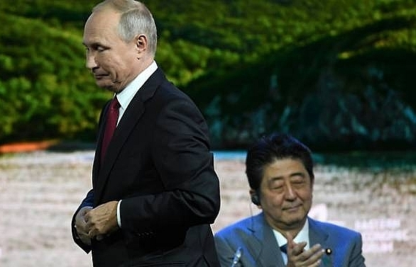 putin proposes russia japan agree historic peace deal