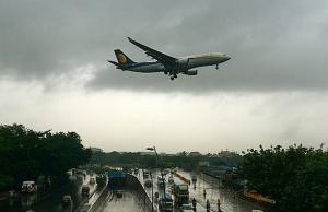 air pressure mix up causes mass bleeding on indian flight