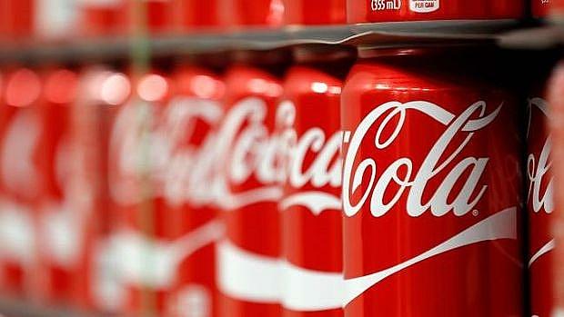 coca cola walmart to cut plastic pollution in oceans