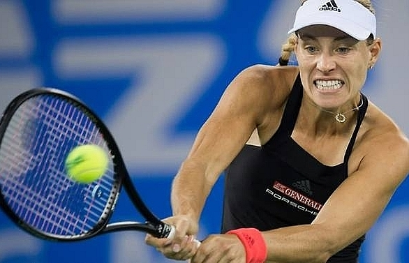 wozniacki kerber off to fast start at wuhan open