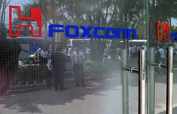 foxconn ex manager jailed for stealing 2000 iphones