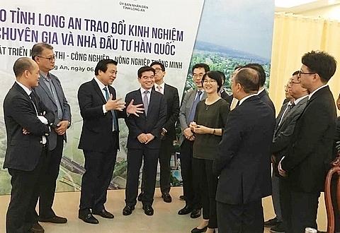 south korean investors unveil smart urban area plans for long an province