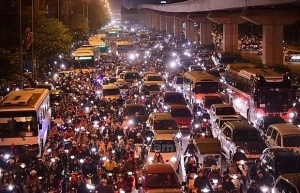 hanoi plans solutions to increase public transport use