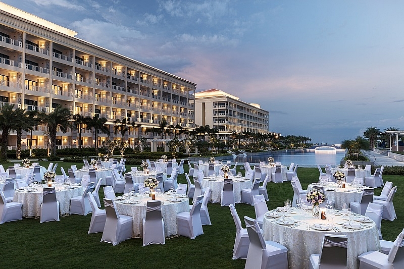 unforgettable meeting experience at sheraton grand danang resort