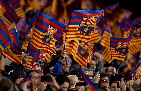 barcelona predict 1b income this season