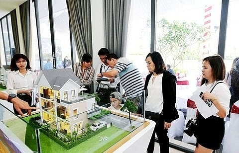 experienced investors still interested in property market experts