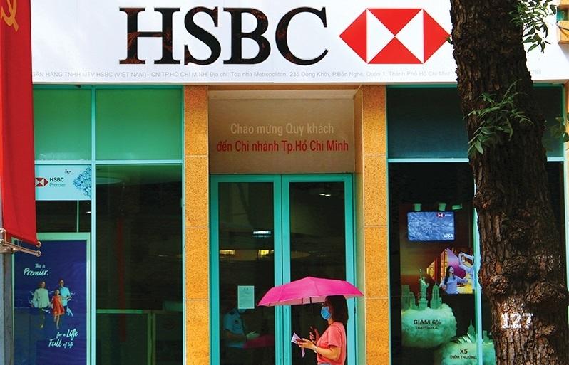 corporate bond bonanza shaking up local market