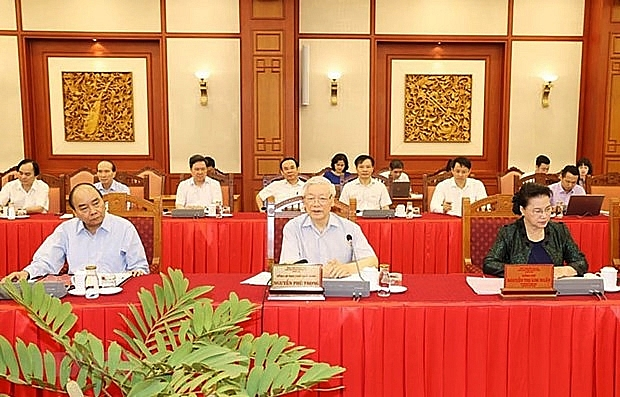 hanoi needs to set example in all fields top leader