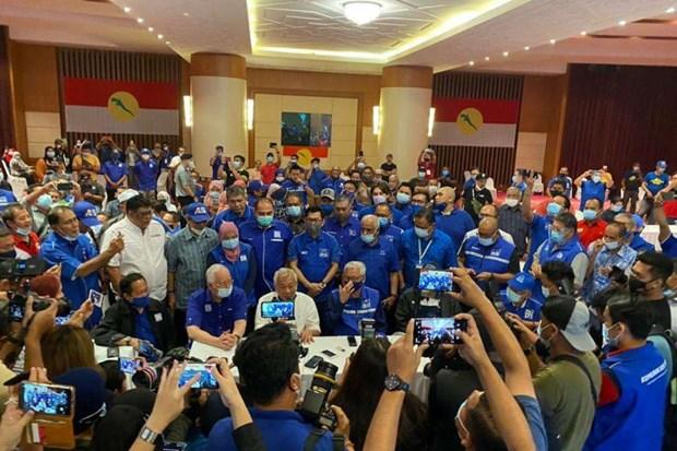 malaysia pm muhyiddins alliance wins sabah state election