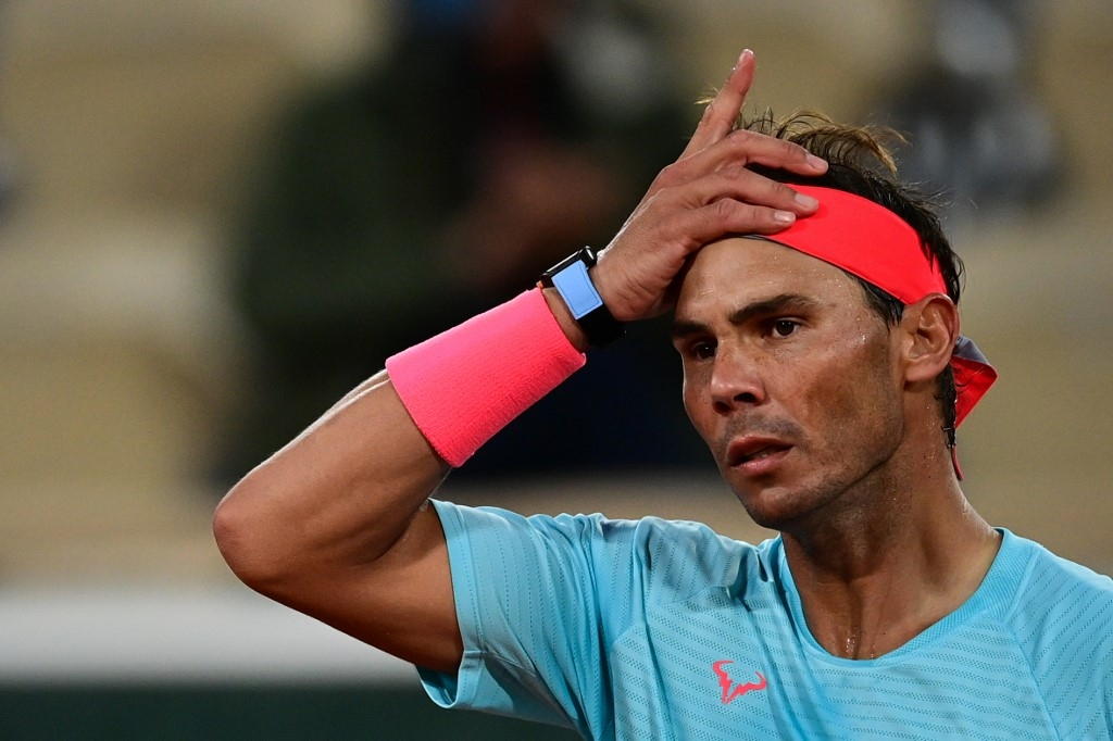 nadal serena on guard at french open as halep plays compatriot
