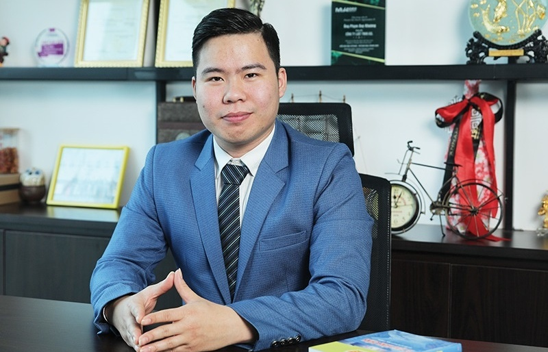 Supporting policies in Vietnam's social insurance