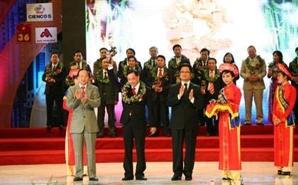 dai ichi life vietnams captain honoured