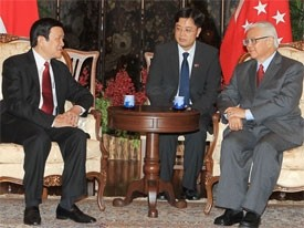 vietnam to lift ties with singapore malaysia to new level