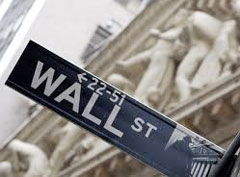 Wall Street posts worst close in over a year