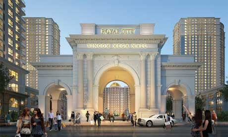 vingroup throws open doors to hanois mega mall