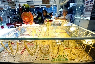 opinions differ over gold import