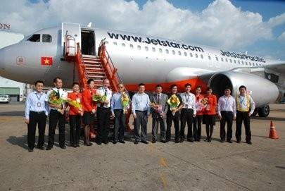 jetstar pacific expands airbus fleet