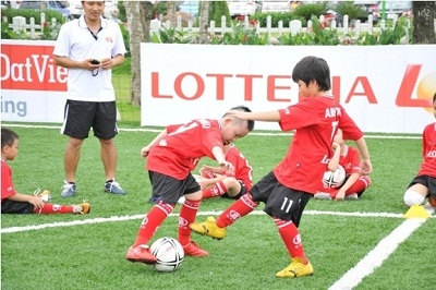 Lotte Group shoots for some winning CSR goals
