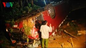 tragic car accident kills 7 injures dozens in lao cai