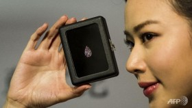 record us 178m for fancy vivid pink diamond at hk auction