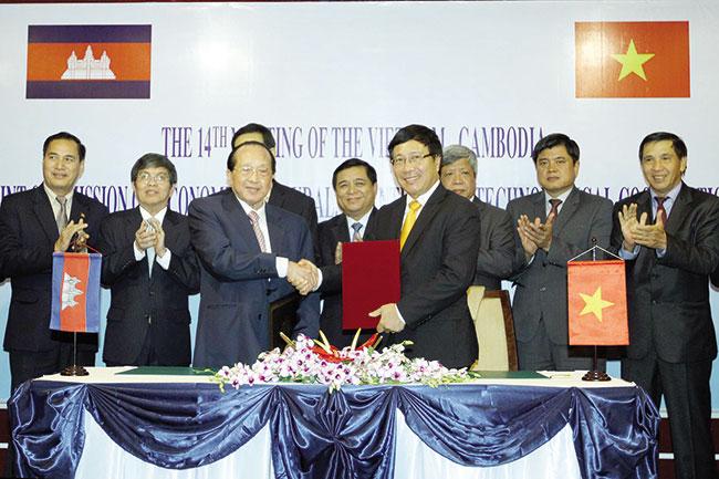 Vietnam-Cambodia ties intensified