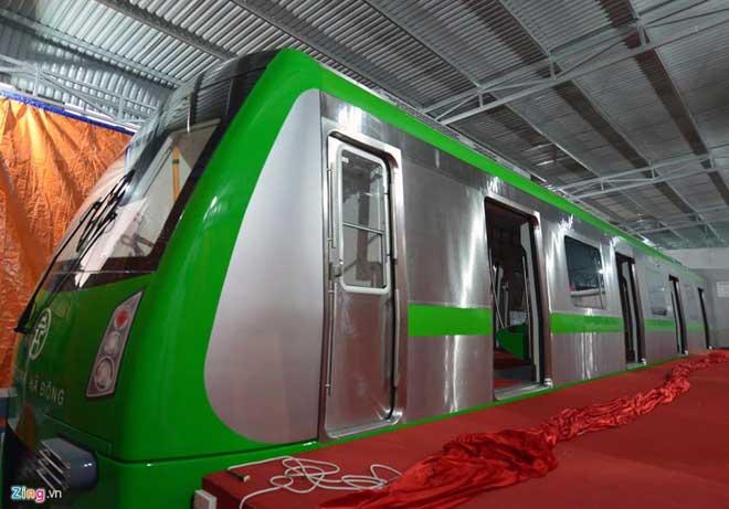mock up train on hanois first urban railway made public