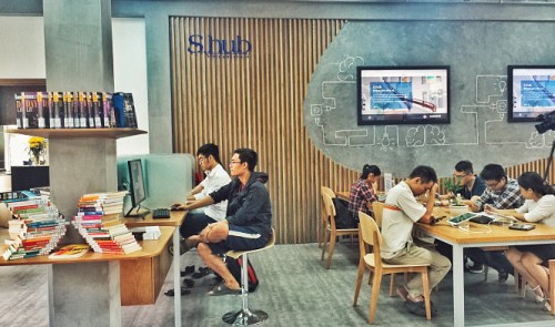 Ho Chi Minh City library attracts local youth with newly-opened Library 2.0