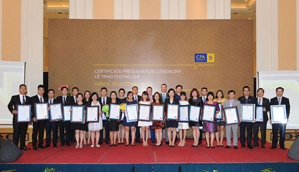 CPA Australia celebrates new members and fellows in Vietnam