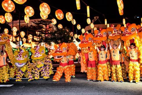 mid autumn festival celebration at grand mercure danang