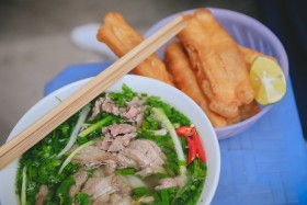 Vietnam's Pho, fresh spring roll among world's best 30 dishes