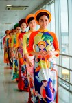 Turning the airport into a catwalk: Vietjet celebrates Vietnamese Women's Day