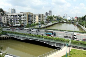 Planner suggests 'twin city' model for HCM City