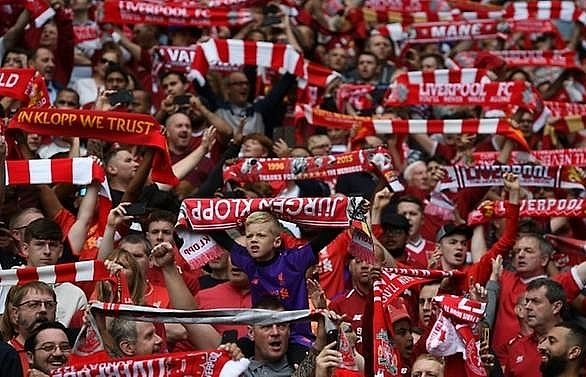 liverpool fan injured after naples attack