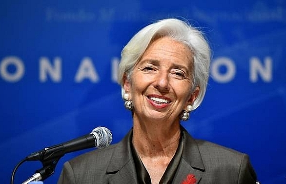imf chief urges revamp of japan economic policy