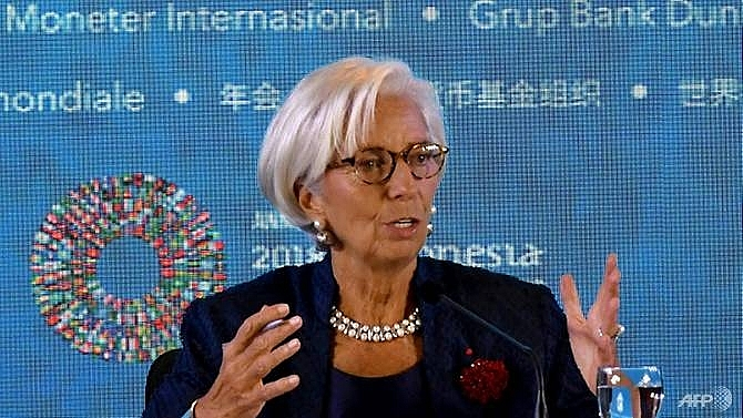 imf chief defends rate hikes after trump slams crazy fed