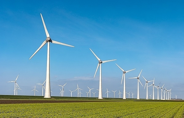 financing a shift towards green energy