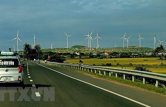 ninh thuan to have four new wind power plants by year end