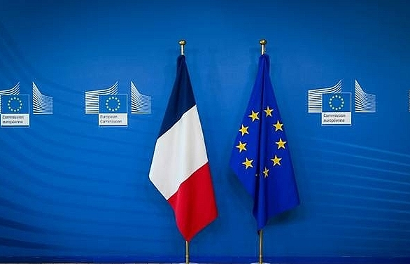 france urges businesses to prepare for no deal brexit