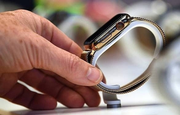 apple watch supplier under fire over china student labour