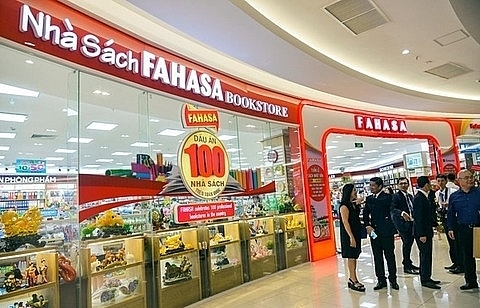 vietnams biggest bookstore chains to debut shares on upcom