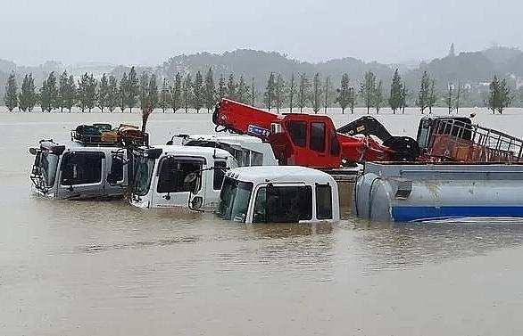 nine killed as typhoon lashes south korea