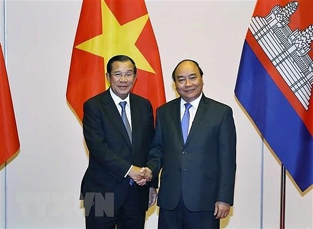 cambodian prime minister begins official visit to vietnam