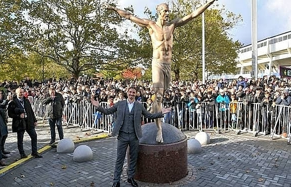 ibrahimovic unveils larger than life statue in hometown