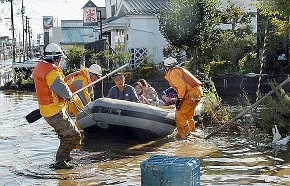 up to 35 dead as typhoon hagibis slams japan