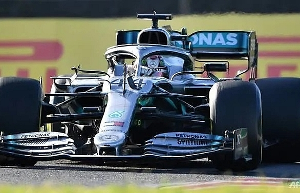 hamilton in no hurry to win formula one title in mexico