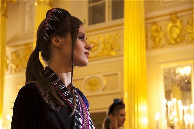 vietnamese silk brocade fashion show held in russia