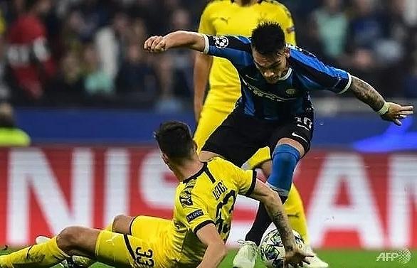 inter milan beat dortmund to boost champions league last 16 hopes