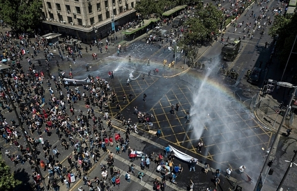 thousands of chileans strike as protest death toll hits 18
