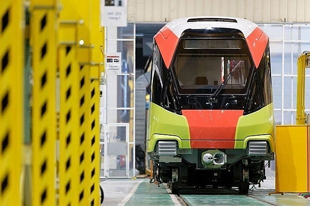 first train for nhon hanoi station railway to be delivered next year