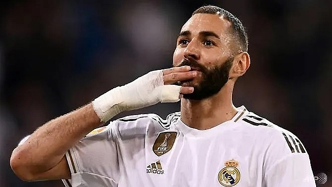 benzema stars as real madrid put five past leganes